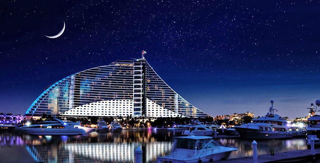Noches de ensueño en uno de los Emiratos Árabes