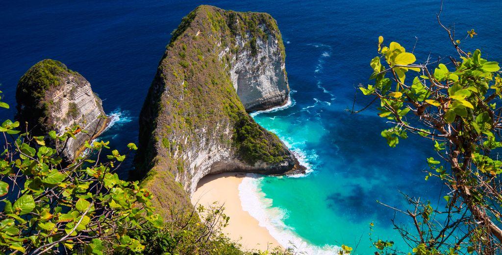 En la isla Penida, al lado de la isla Lembongan encotrará rincones como Blanket Bay