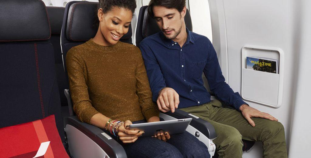Con Air France, los asientos de la Clase Turista son todo funcionalidad, estando dotados de reposabrazos totalmente abatibles, reposapiés y reposacabezas ajustables