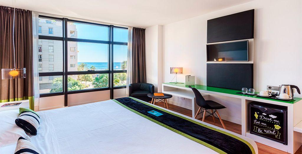 Descansarás en una habitación Superior con vistas al mar