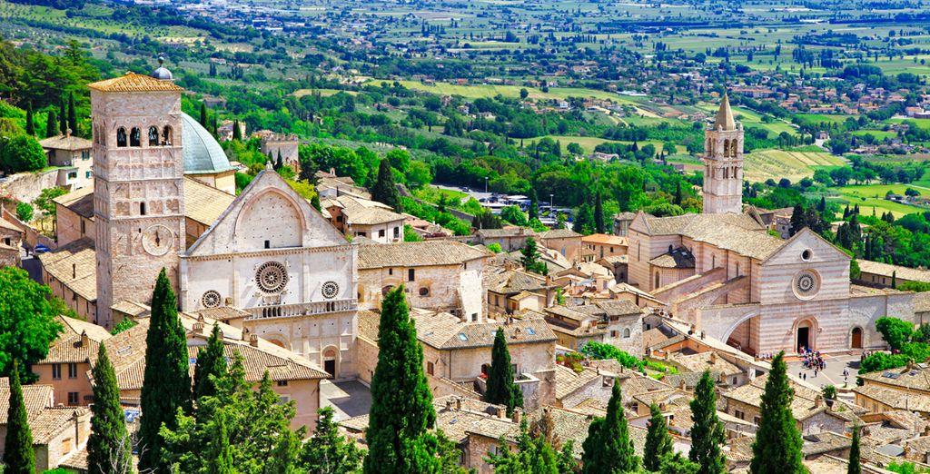 Ciudad y sede episcopal de Italia con un gran legado arquitectónico