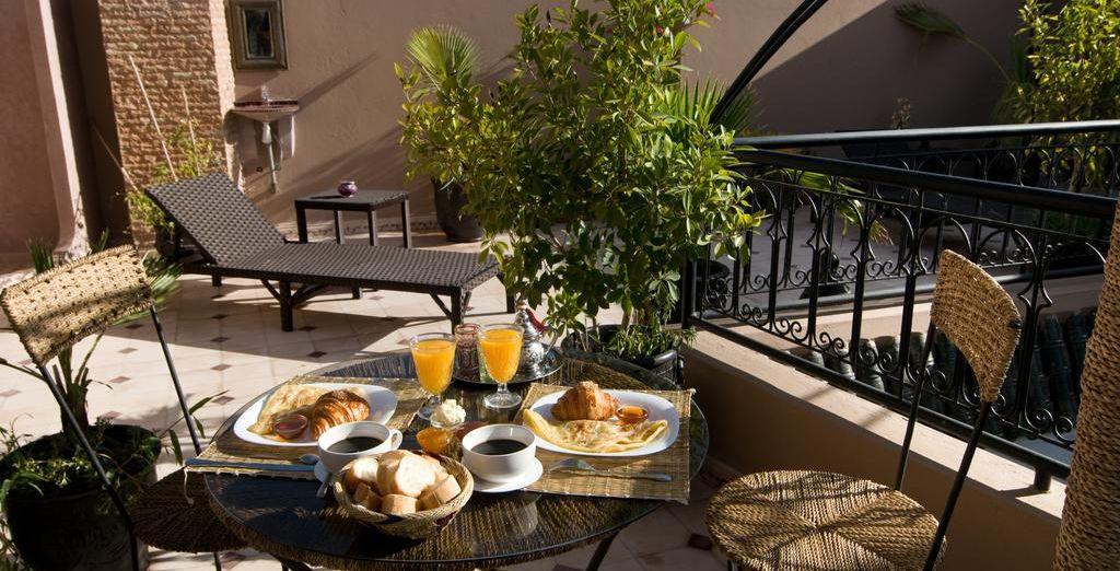¡Despierta cada mañana con tu desayuno incluido!