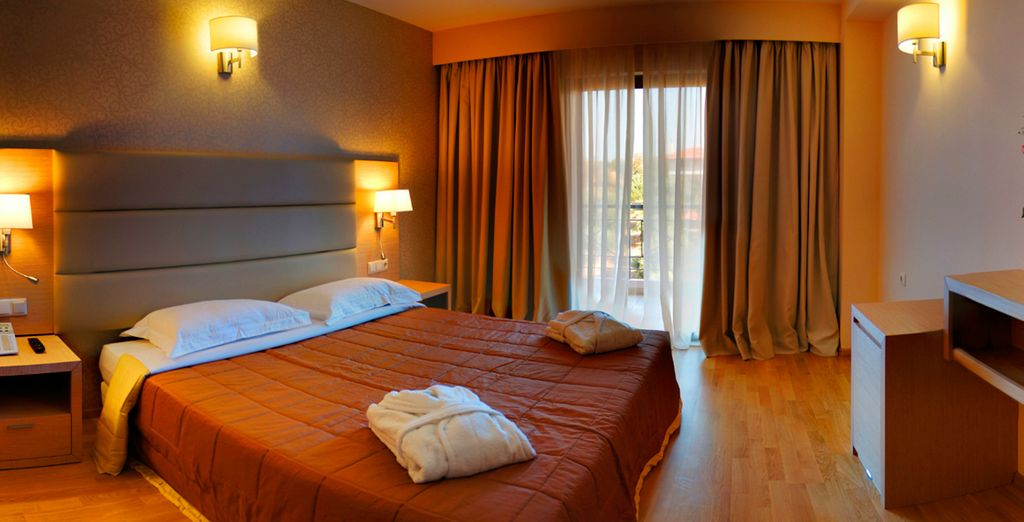 Hotel Arty Grand 4*, Olympia