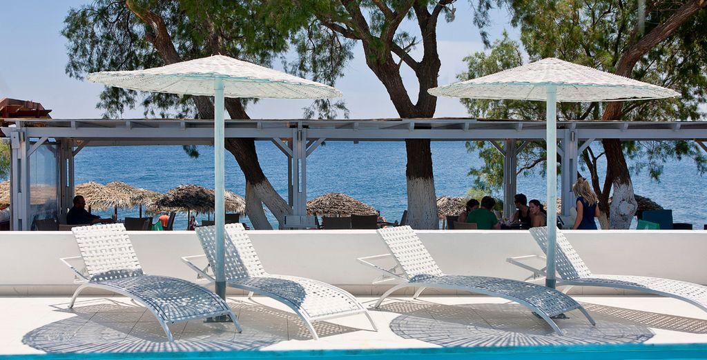 Aproveche el buen tiempo en Santorini