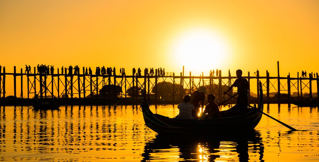 Visite el puente de teca U Bein