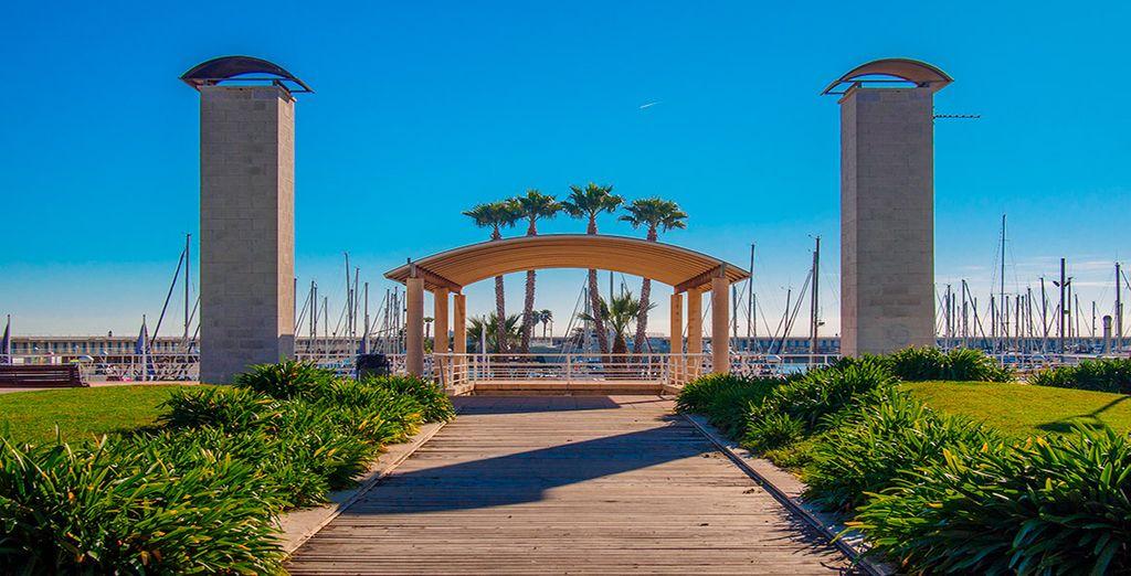 Tu hotel se encuentra en el puerto marítimo de Mataró