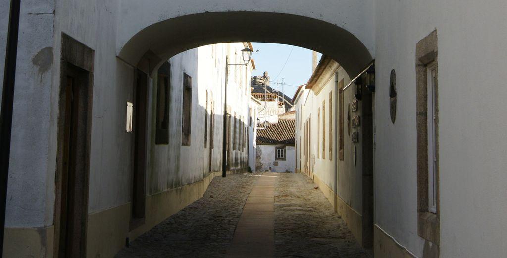 Admire el encanto de las tradicionales calles