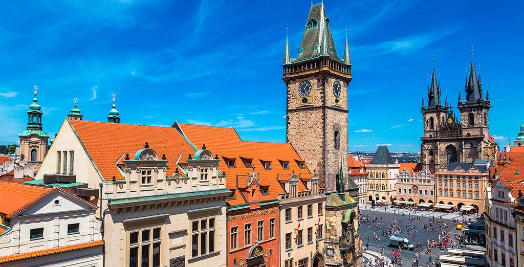 La bella Praga, capital de la región de la Bohemia, te espera...