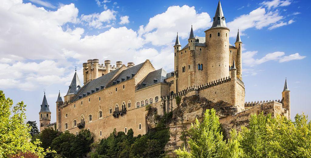 El Alcázar de Segovia, uno de los monumentos históricos que componen esta ciudad monumental