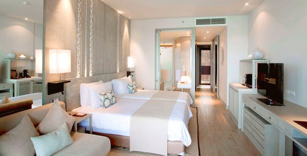 Tu habitación en el lujoso Pullman Arcadia Naiton Beach Resort 5*