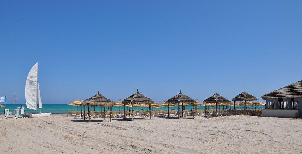 De la plage de sable fin