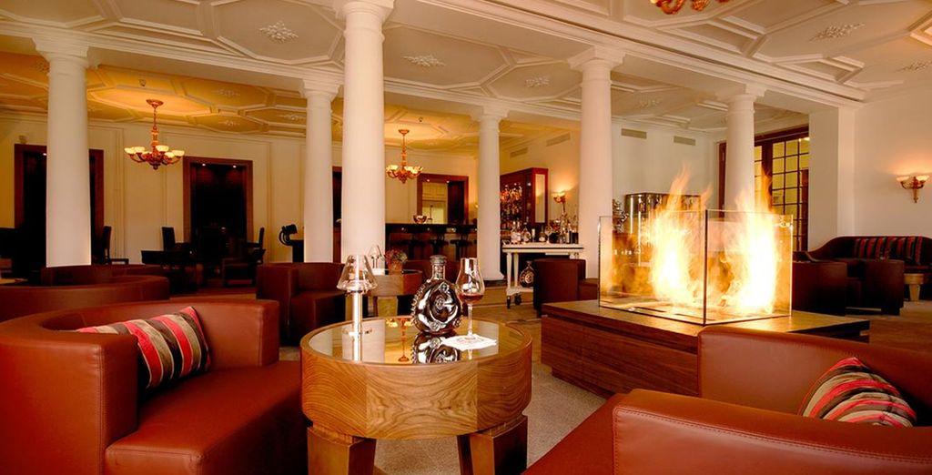 Vous laisserez filer le temps en sirotant un verre au bar lounge
