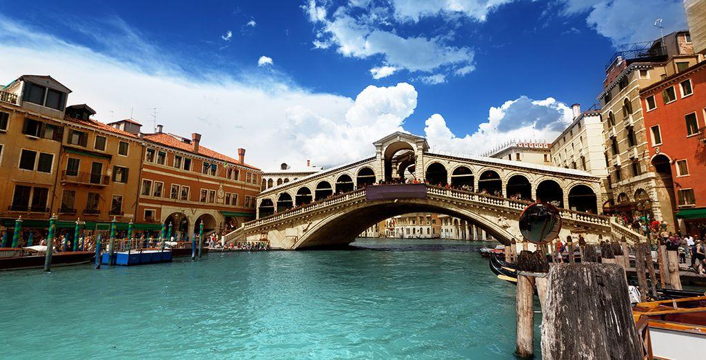 Ne manquez pas le pont du Rialto...