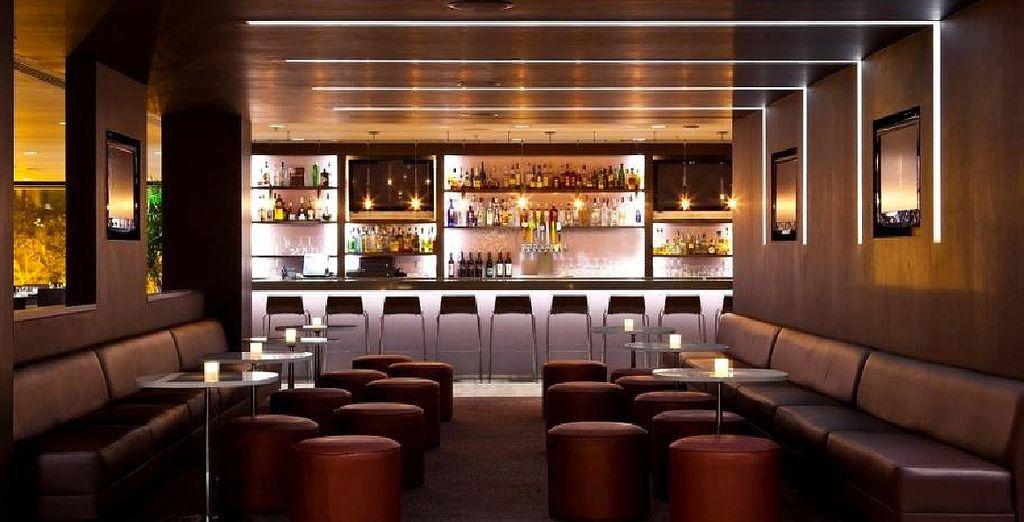 De retour dans votre hôtel commandez un cocktail...