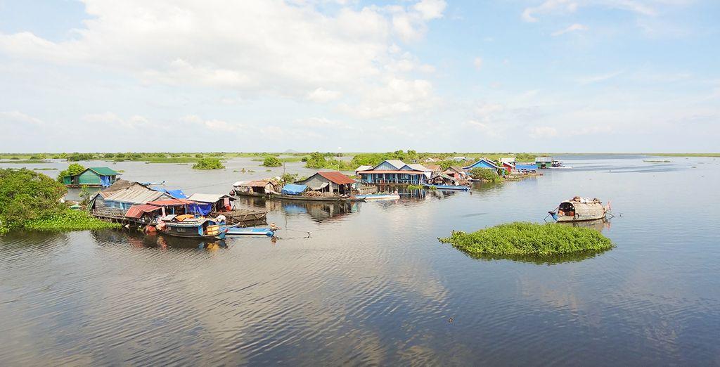 Et pourquoi pas même explorer les villages flottants du Tonlé Sap ?