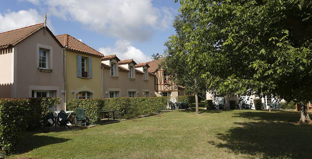 La résidence compte de nombreux espaces verts
