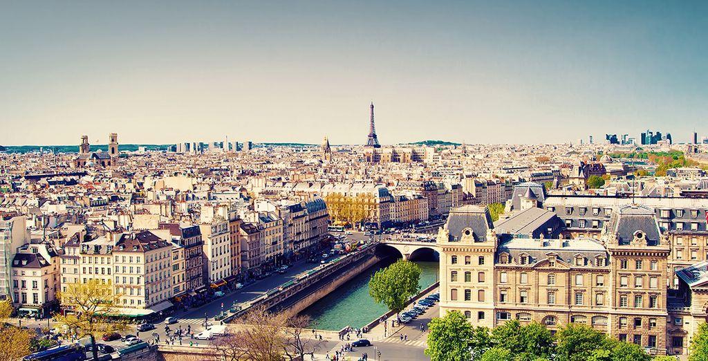 Best Western Plus Suitcase Paris La Defense 4  Voyage