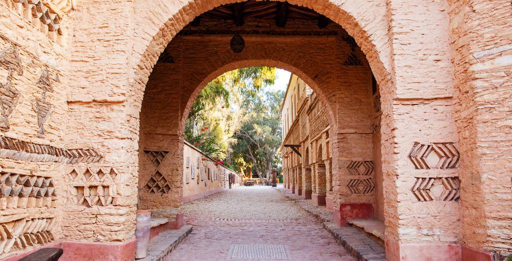 Et explorez la ville d'Agadir...