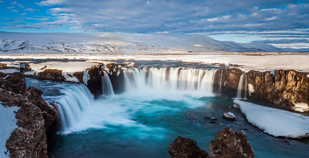 Votre voyage en Islande commence...