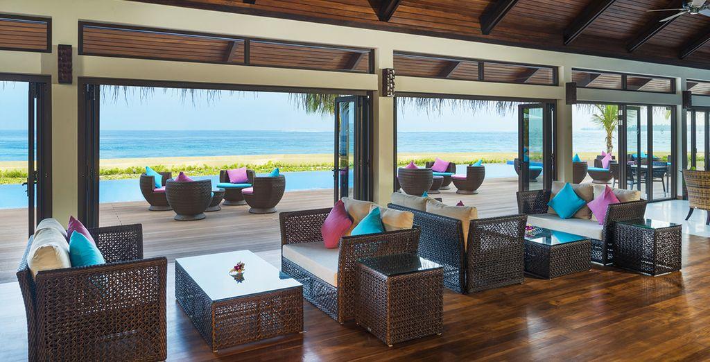 Ce magnifique hôtel vous accueille sur son île privée