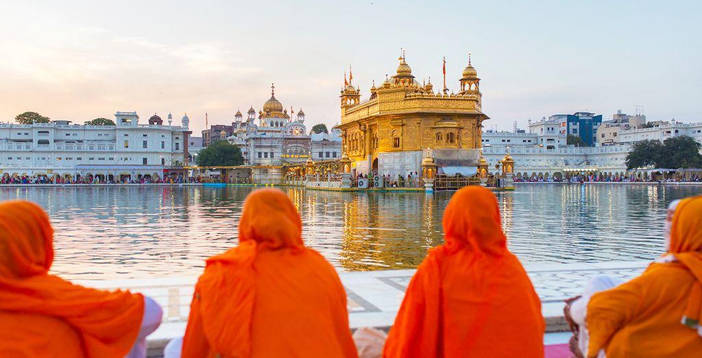 Et à la beauté éblouissante du temple d'or d'Amritsar