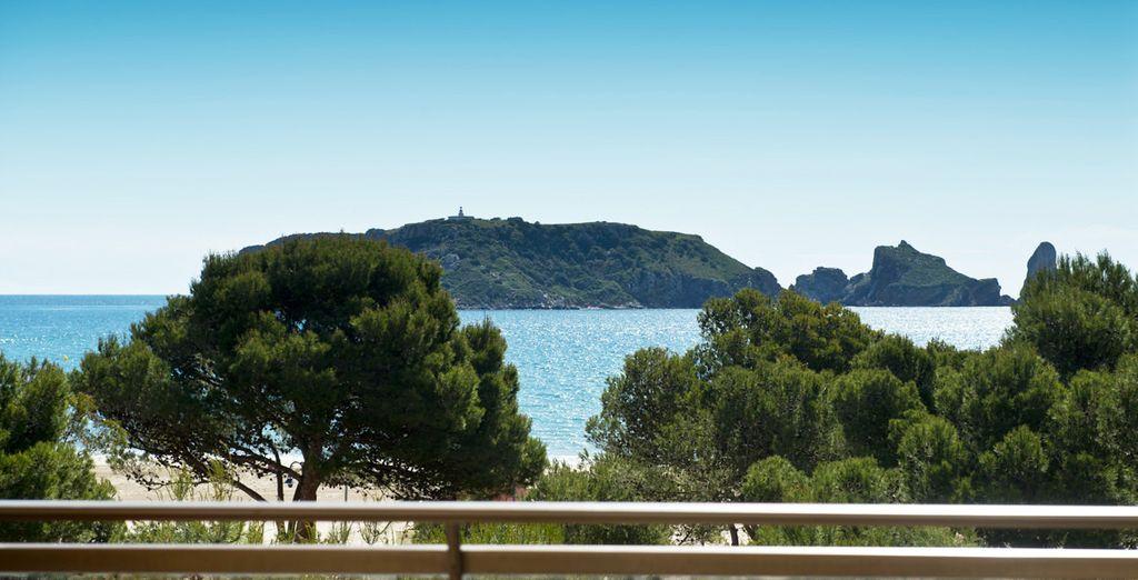 Profitez d'une vue imprenable sur les îles Medes...