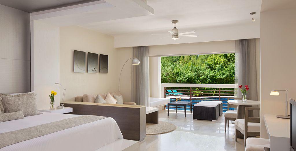 Installez-vous confortablement dans la Junior Suite Pool View