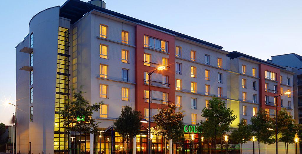 Situé dans l'ouest parisien, à Colombes plus exactement - Hôtel Courtyard by Marriott West Défense 4* Paris