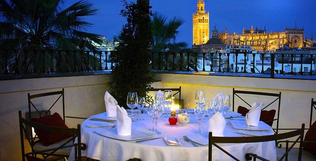Dégustez un plat typique au restaurant Los Patios