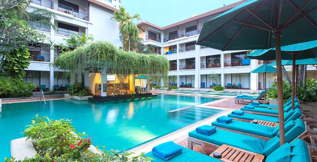Vous avez le choix entre un séjour 100% farniente de 7 à 14 nuits au Banthai Beach Resort & Spa