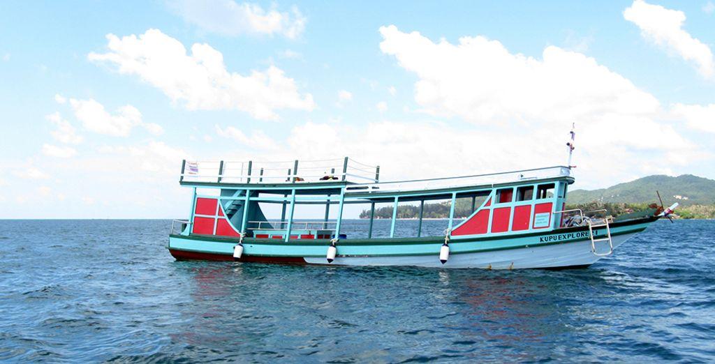 Pour vos escapades, partez avec le bateau Kupu Phangan Explorer