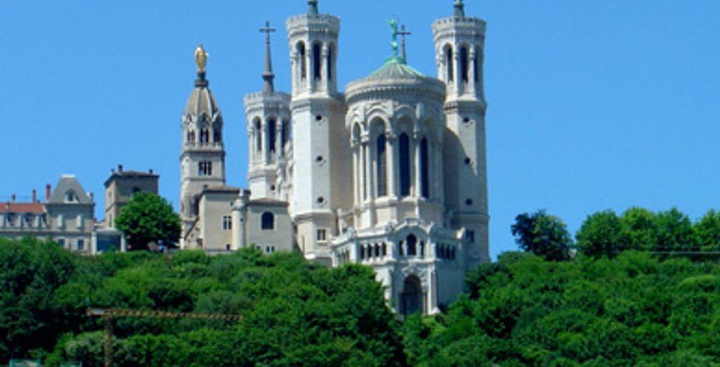 - Hôtel La Reine Astrid **** - Lyon - France Lyon