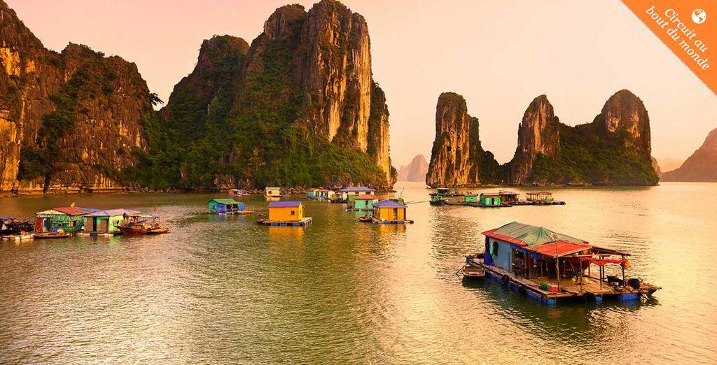 Imaginez vous voguer sur la superbe baie de Halong