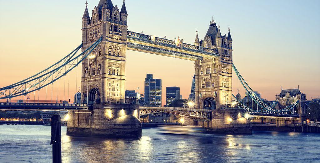 Le célèbre Tower Bridge