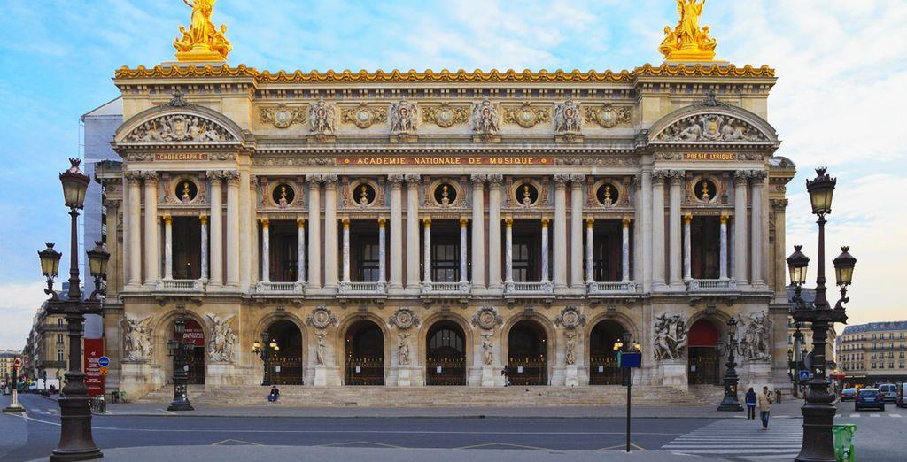 Découvrez l'Opéra Garnier et les merveilles de Paris...