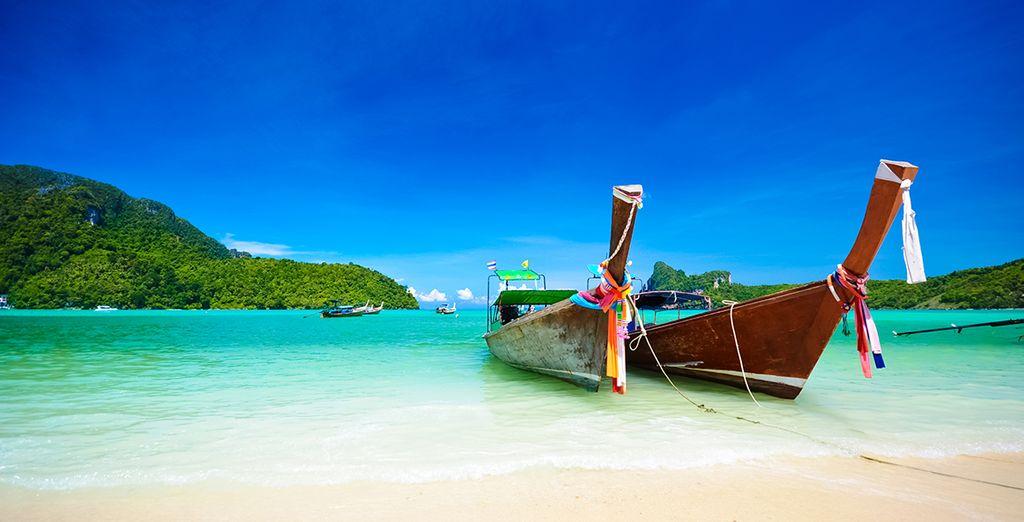 Vous pourrez aussi rejoindre le sable blanc de l'île de Koh Phi Phi !