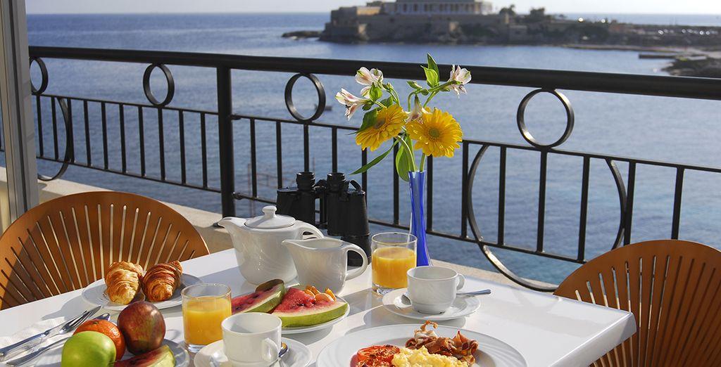 Offrez-vous une virée au bord de l'eau - Hôtel Corinthia Marina Beach Resort 4* St Julians