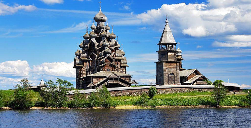 Le long de la Volga, paisible et tranquille, vous découvrirez Kiji