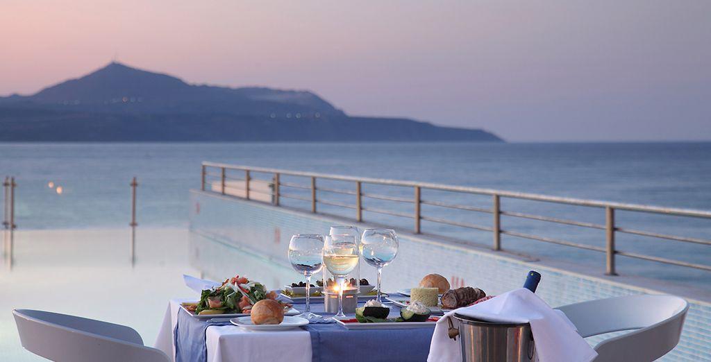 Evadez-vous lors d'un dîner romantique sur la terrasse