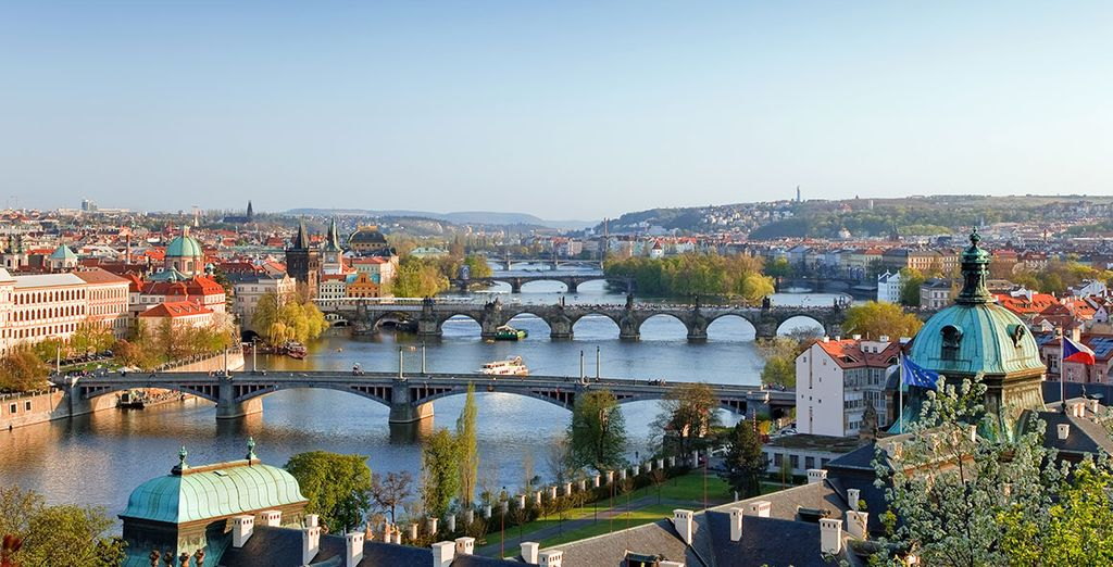 Laissez-vous envoûter par la magie de Prague - Red & Blue Design Hotel 4* Prague