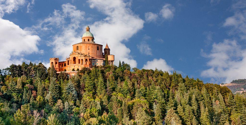 Découvrez les somptueux monuments de Bologne
