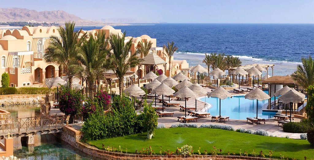 Partez pour des vacances dépaysantes - Hôtel Radisson Blu Resort El Quseir 5* ou Combiné Hôtel Radisson Blu Resort El Quseir 5* & croisière Passion du Nil 5* El Quseir