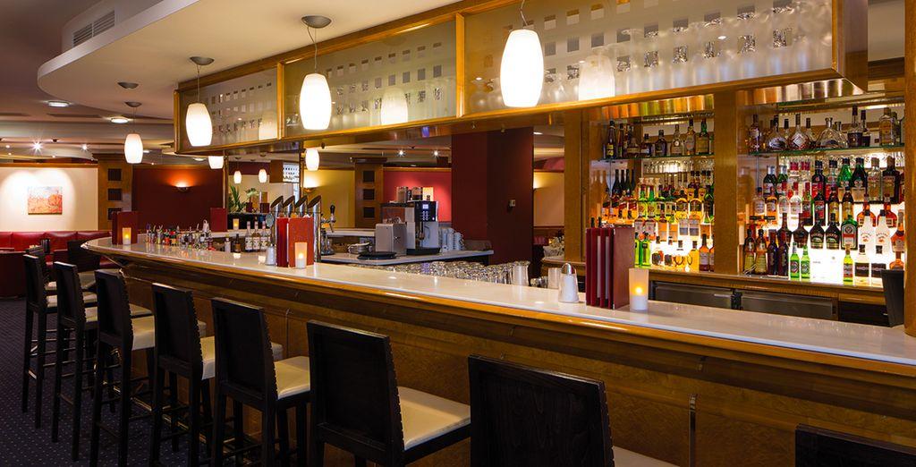 Savourez un inimitable café viennois au bar