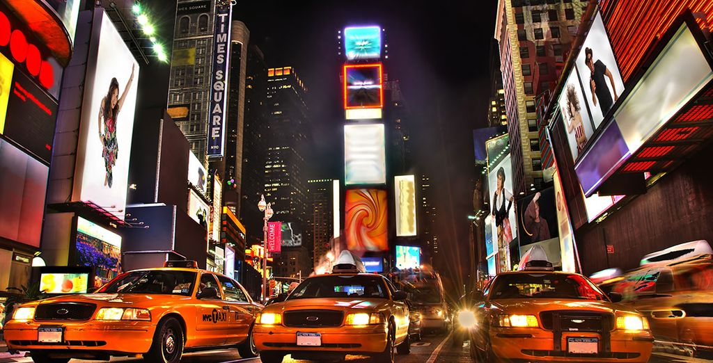 Envahissez votre regard de lumières et de néons multicolores à Times Square