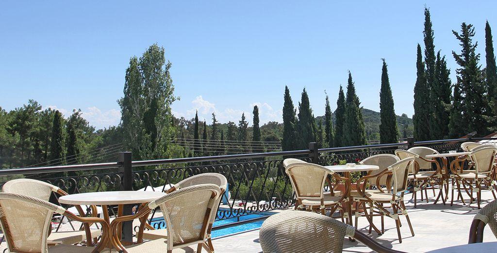 Buvez un verre en terrasse