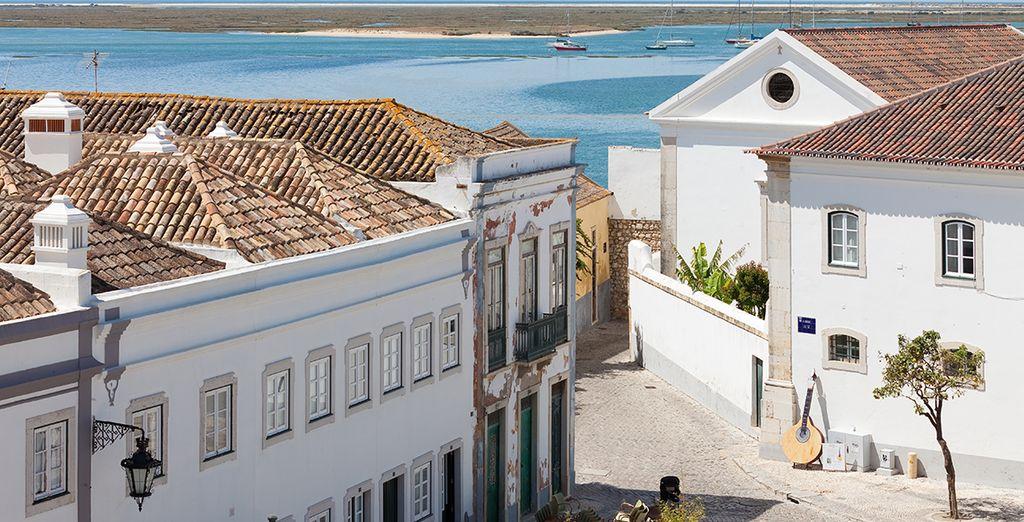 Commencez par visiter Faro...