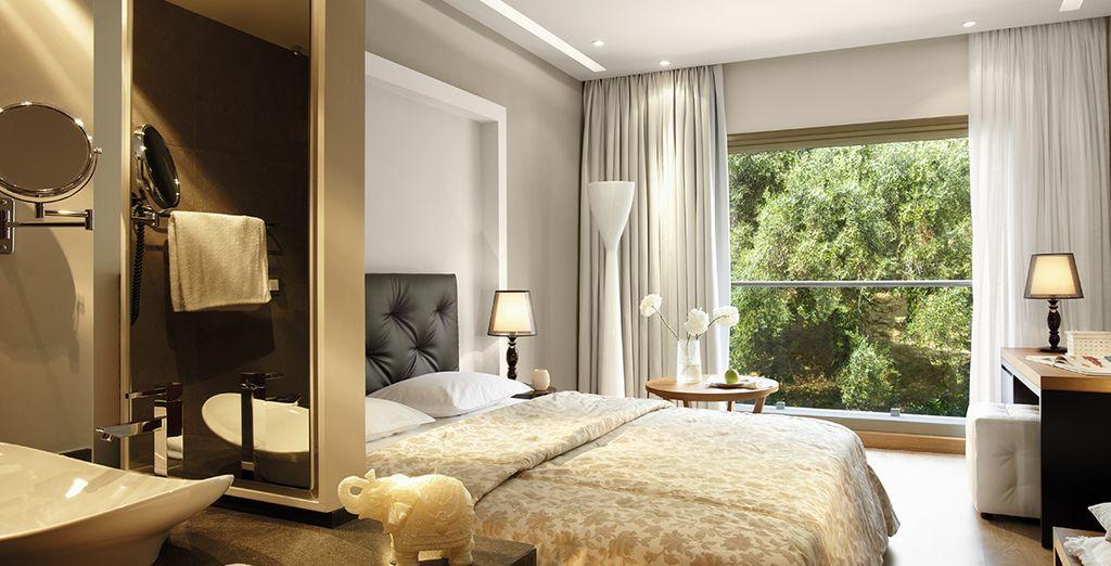 Installez-vous en chambre Supérieure Vue Mer ou Jardin - Hôtel Marbella Beach 5* Corfou
