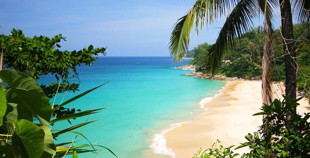 Bordé par la plage privée de Nai Thon Noi