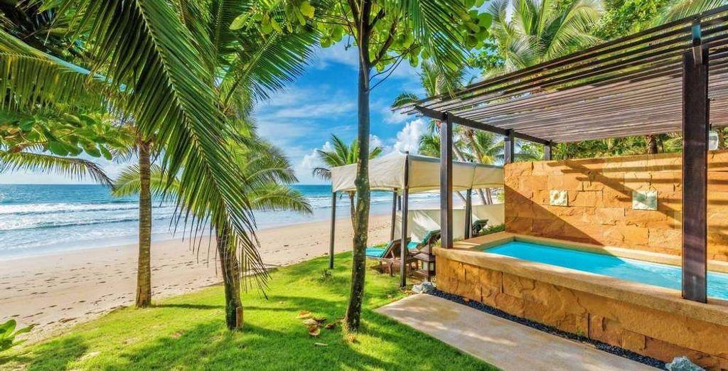 Ou en BeachFront Pool Villa
