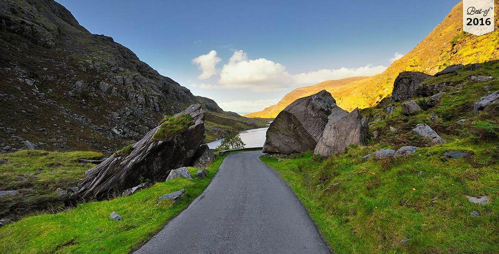 Partez découvrir les contrées mystiques de l'Irlande....